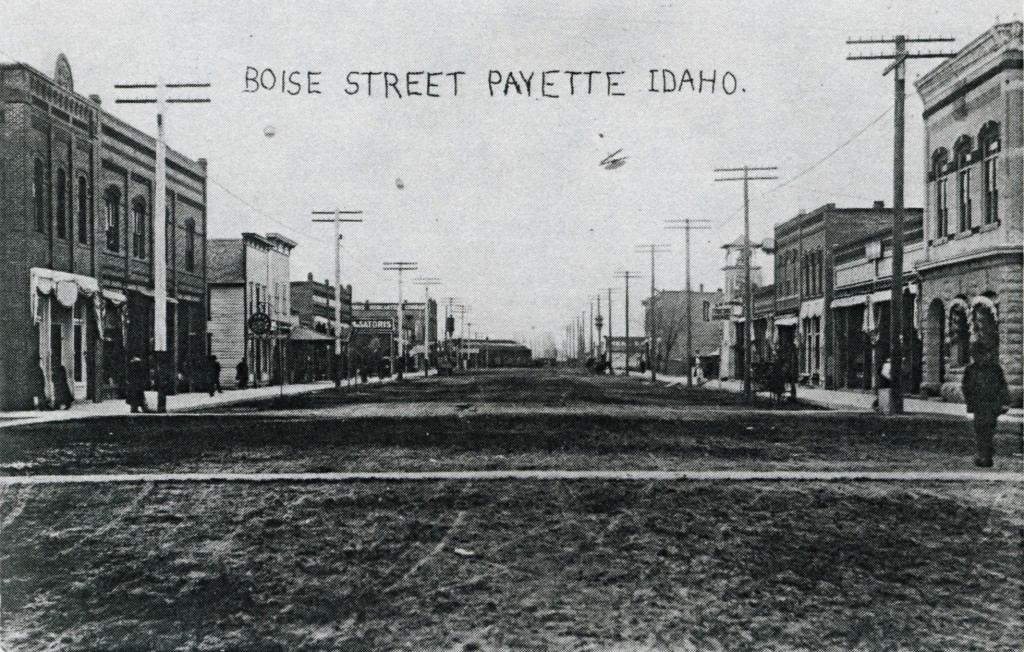 Renamed 8th Street in 1911.  This  1909 View was taken from Center Avenue Facing North.